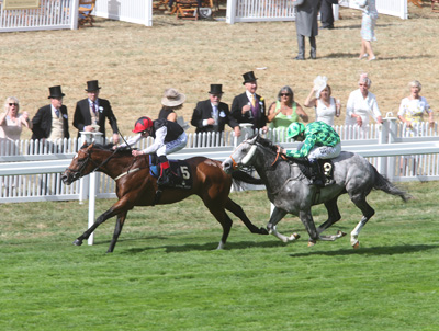 ROYAL ASCOT WED 17 JUNE 2015  PICTURE: CAROLINE NORRIS     FREE EAGLE RIDDEN BY PAT SMULLEN WINNING THE PRINCE OF WALES'S STAKES FROM THE GREY GATSBY RIDDEN BY JAMIE SPENCER, 2ND.