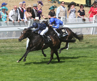 ROYAL ASCOT THURS 18 JUNE 2015  PICTURE: CAROLINE NORRIS     CURVY RIDDEN BY RYAN MOORE WINNING THE RIBBLESDALE STAKES FROM PLEASCACH RIDDEN BY KEVIN MANNING, 2ND.