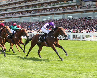 ROYAL ASCOT THURS 18 JUNE 2015  PICTURE: CAROLINE NORRIS     WATERLOO BRIDGE RIDDEN BY RYAN MOORE WINNING THE NORFOLK STAKES
