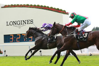 ROYAL ASCOT FRI 19 JUNE 2015  PICTURE: CAROLINE NORRIS     ALOFT RIDDEN BY RYAN MOORE WINNING THE QUEEN'S VASE FROM VIVE MA FILLE RIDDEN BY JOE FANNING