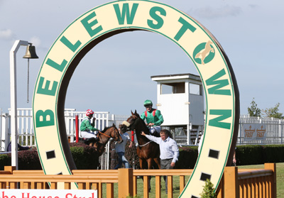 BELLEWSTOWN THURS 2 JULY 2015  PICTURE: CAROLINE NORRIS     ZUNERA RIDDEN BY SHANE FOLEY BEING LED IN AFTER WINNING THE GLEBE HOUSE STUD HANDICAP BY MARTIN DEVANEY
