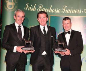 IRTA FLAT AND NH AWARDS. HOTEL KEADEEN, NEWBRIDGE. WED 4 MAY 2016 PICTURE: CAROLINE NORRIS SIR ANTHONY MCCOY PRESENTING CHAMPION NH AND FLAT JOCKEYS, RUBY WALSH AND PAT SMULLEN, WITH THEIR AWARDS