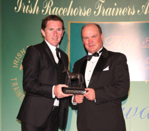 IRTA FLAT AND NH AWARDS. HOTEL KEADEEN, NEWBRIDGE. WED 4 MAY 2016 PICTURE: CAROLINE NORRIS SIR ANTHONY MCCOY MAKING PRESENTATION TO LEADING ALL WEATHER TRAINER MICHAEL HALFORD