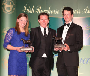IRTA FLAT AND NH AWARDS. HOTEL KEADEEN, NEWBRIDGE. WED 4 MAY 2016 PICTURE: CAROLINE NORRIS SIR ANTHONY MCCOY PRESENTING CHAMPION LADY AND GENTLEMAN AMATEURS NINA CARBERRY AND PATRICK MULLINS WITH THEIR AWARDS